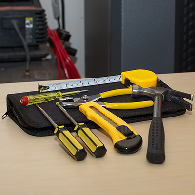 "PRECISION CRAFT™ 7-Piece Tool Set - The essentials you need in one compact kit.  This zippered, soft case holds a claw grip hammer, flathead and Phillips screwdriver, utility knife, all purpose pliers and 6"" measuring tape.  Case measures 10½"" x 5"" x 3""."